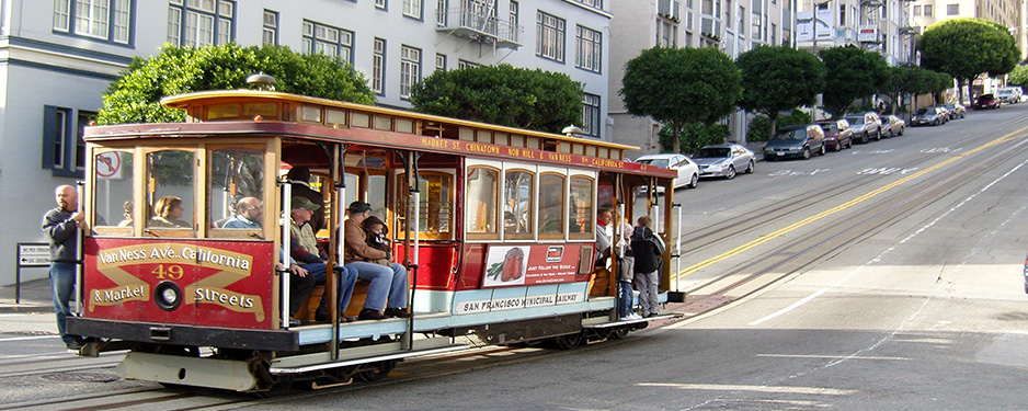 Street-Cars-in-San-Francisco-NorCal-Destinations-Guided-Tours-San-Francisco-California-Wine-County-Napa-Muir-Woods-Monterey-Yosemite-Groups1
